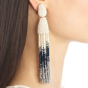 Oscar de La Renta Pearl Chandelier earrings